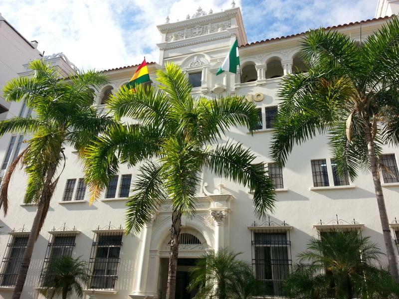 Casa de gobierno de santa cruz en santa cruz de la sierra for Casa la mansion santa cruz bolivia